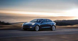 Tesla Model 3: finalmente è tra noi